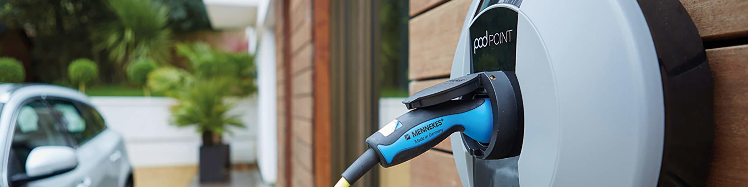 4 Reasons Why You Should Get a 'Smart' EV Home Charger